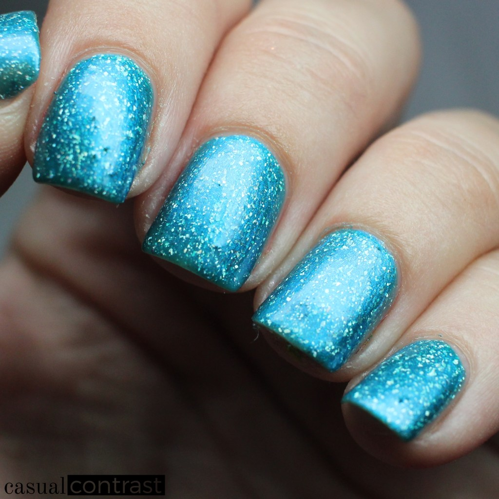 KBShimmer No Wave! from the KBShimmer Summer Vacation Collection • Casual Contrast