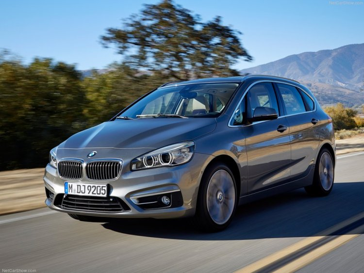 BMW-2-Series_Active_Tourer_2015_1024x768_wallpaper_07