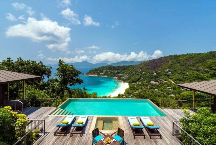 Four Seasons - Seychelles