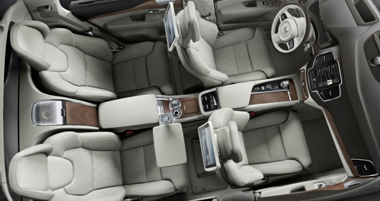 Volvo XC90 Excellence View From Above