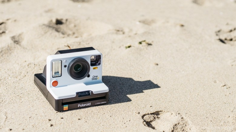 Polaroid One Step 2 Review Product Shots-11
