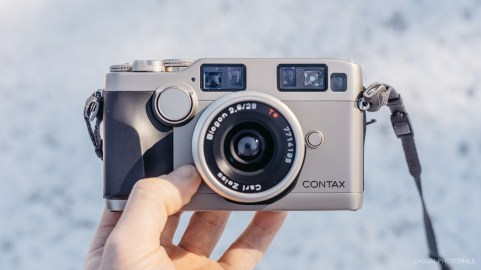 Contax G2 camera review product photos-10