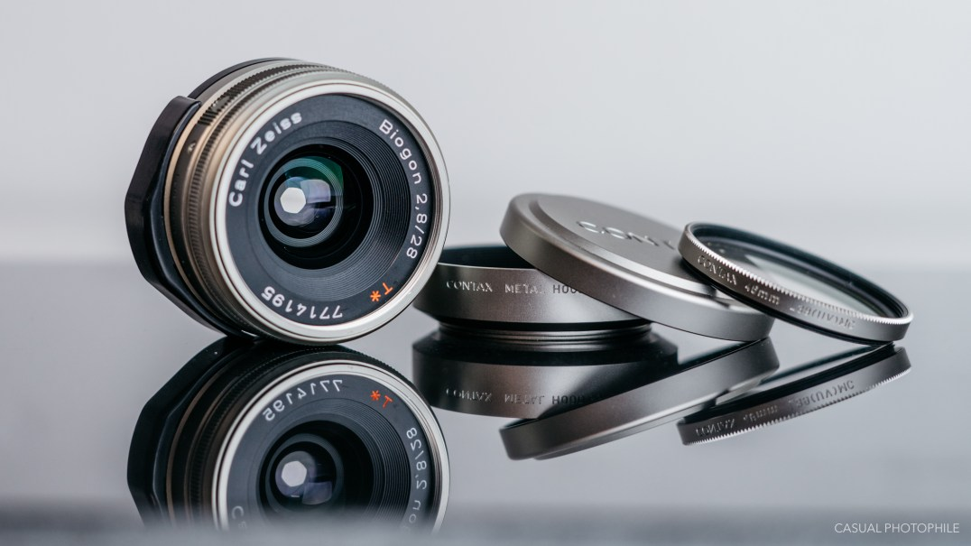 contax g 28mm lens review product photos-1