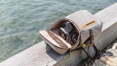 moshi camera bag-12