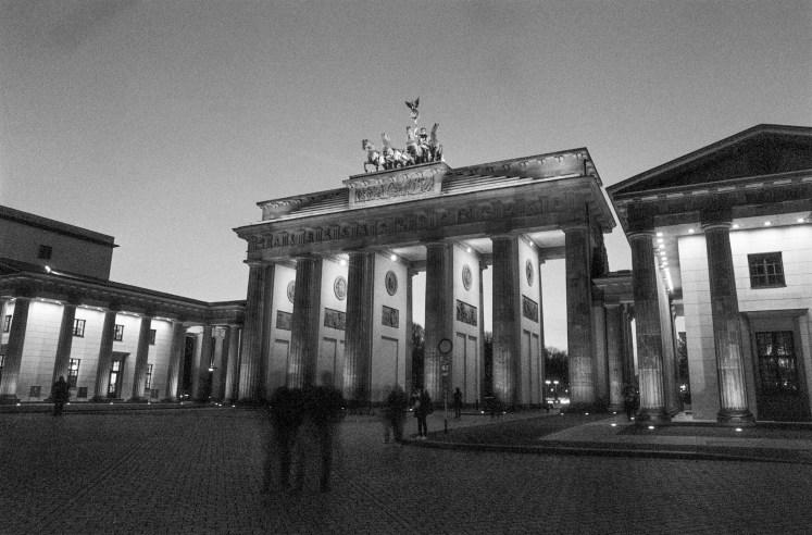 Lomography berlin kino review samples (7 of 31)