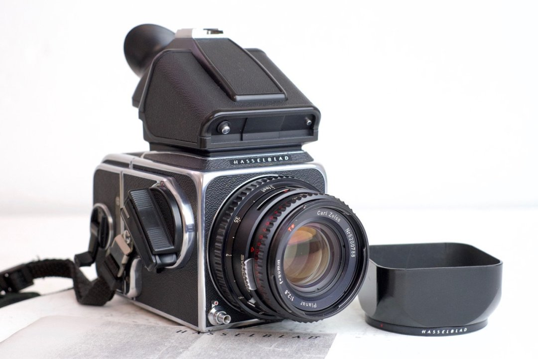 An Overview of the Hasselblad 500 Series (V System) - Casual