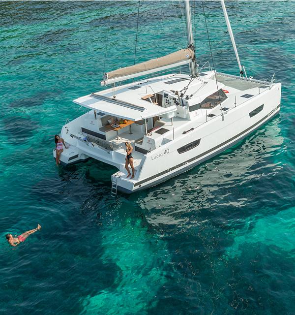 Catamarans Sailboat Lucia 40 Fountaine Pajot