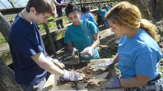 CVCC Biology Students | Robert Reed Photo
