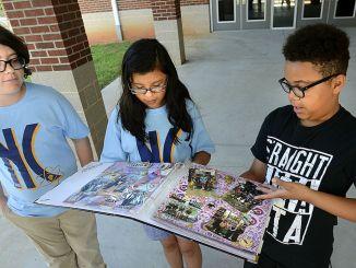 Longview Elementary Students   Robert Reed Photo