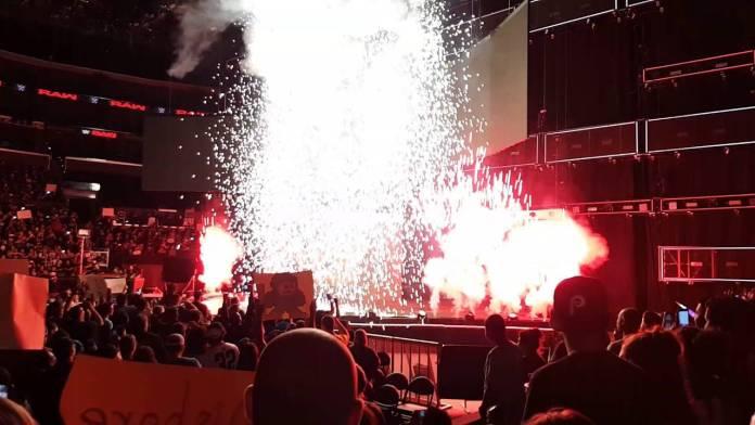 La Pyrotechnie de retour à la WWE