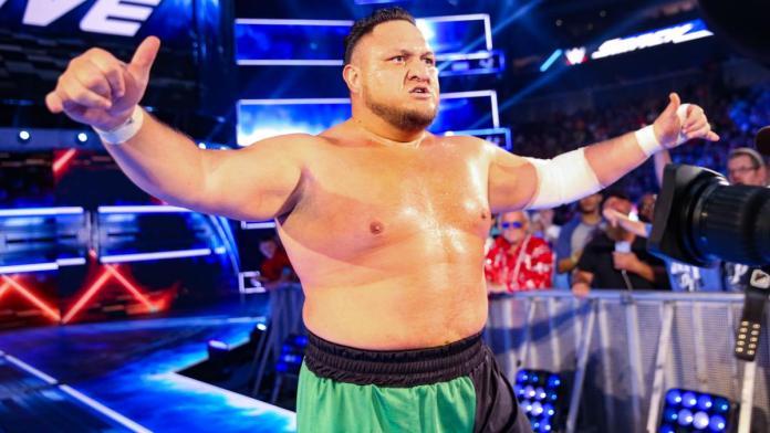 blessure au pouce pour Samoa Joe