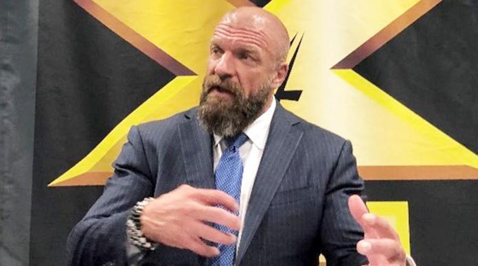 Triple H obsédé par un catcheur NXT UK