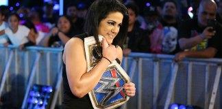 Bayley contre Naomi à Wrestlemania 36