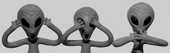 aliens see no evil hear no evil speak no evil