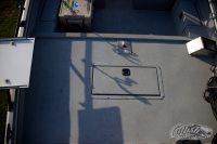 SeaArk ProCat 240 Deck and Baitwell