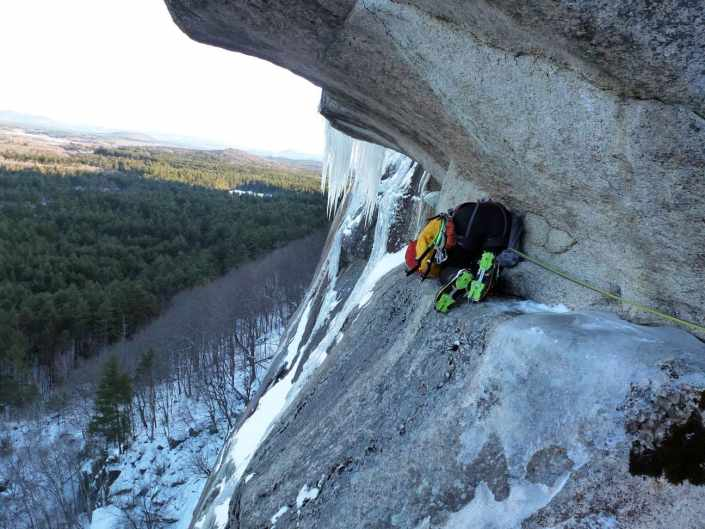 An unusual pitch. Will Carey doing an awkward traverse on the Pendulum Route, Cathedral Ledge.