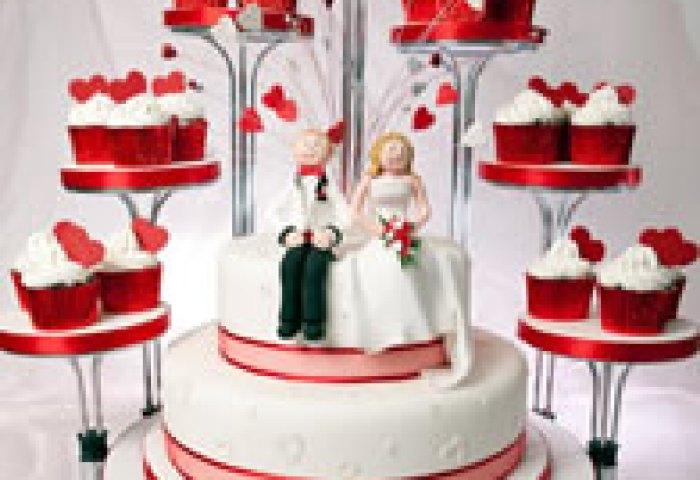 Contemporary Wedding Cakes Catherines Cakes Reading Berkshire
