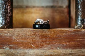 Indoor farmhouse wedding_Wisconsin Wedding Photographer