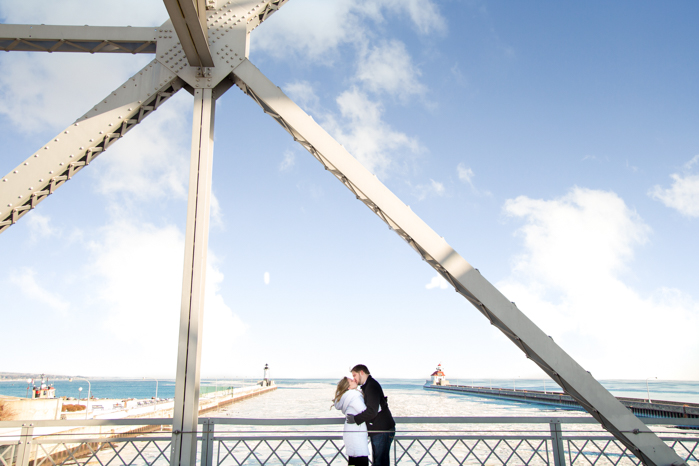 Canal Park and Duluth Engagement Session-16