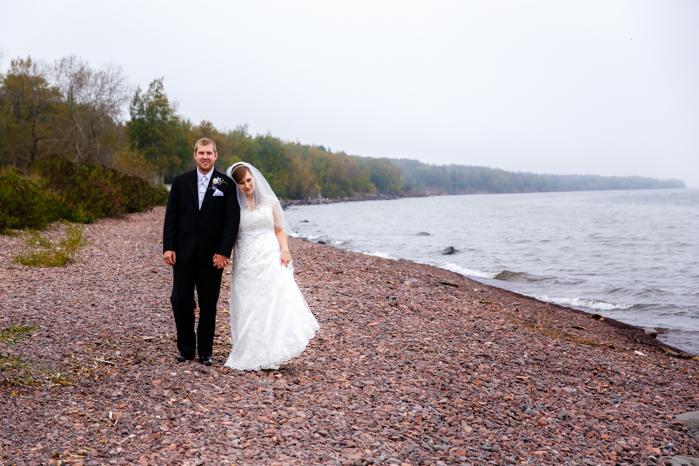 Lake Superior North Shore Wedding_Wisconsin Wedding Photographer-11