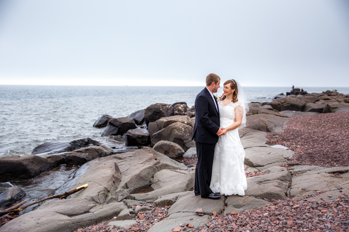 Lake Superior North Shore Wedding_Wisconsin Wedding Photographer-4