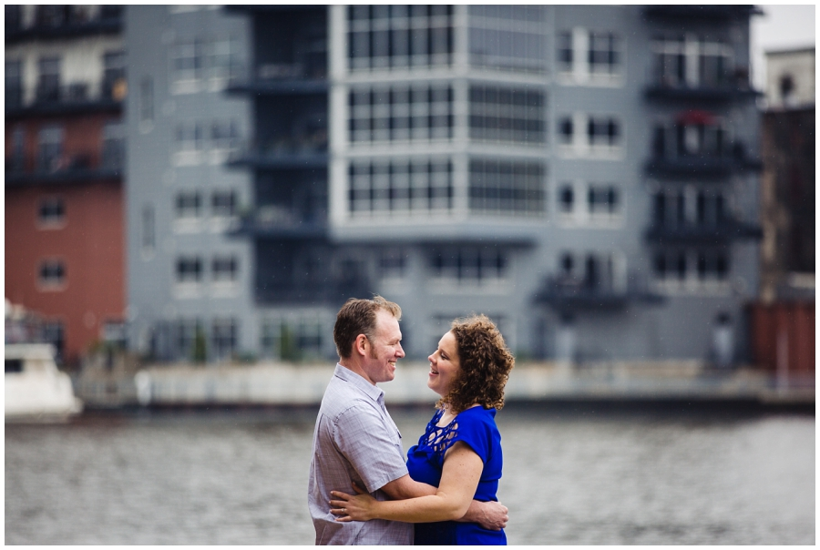 Engagement pictures on Milwaukee River Walk