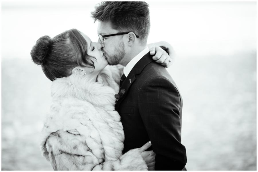 Wedding Photographers in Milwaukee WI_0902.jpg