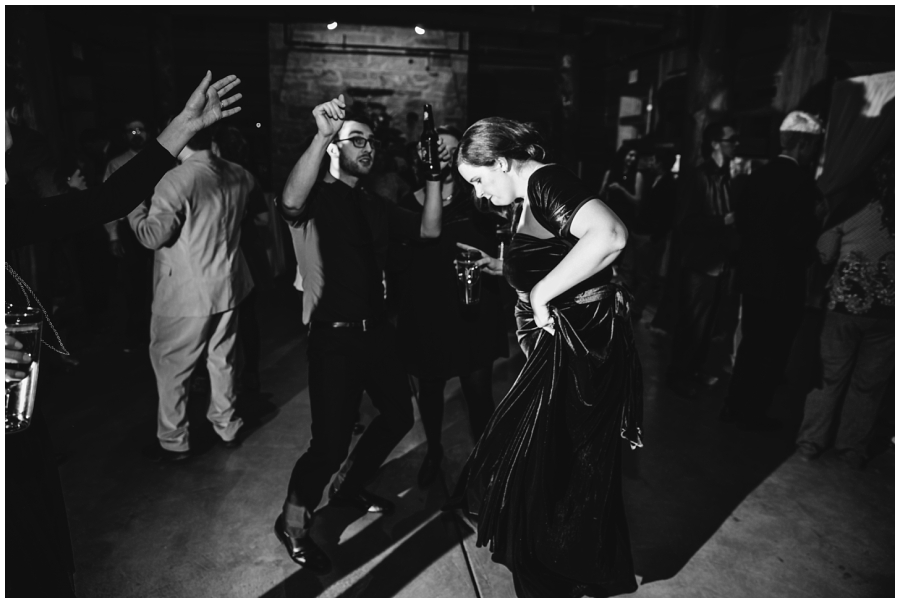 Wedding Photographers in Milwaukee WI_0945.jpg