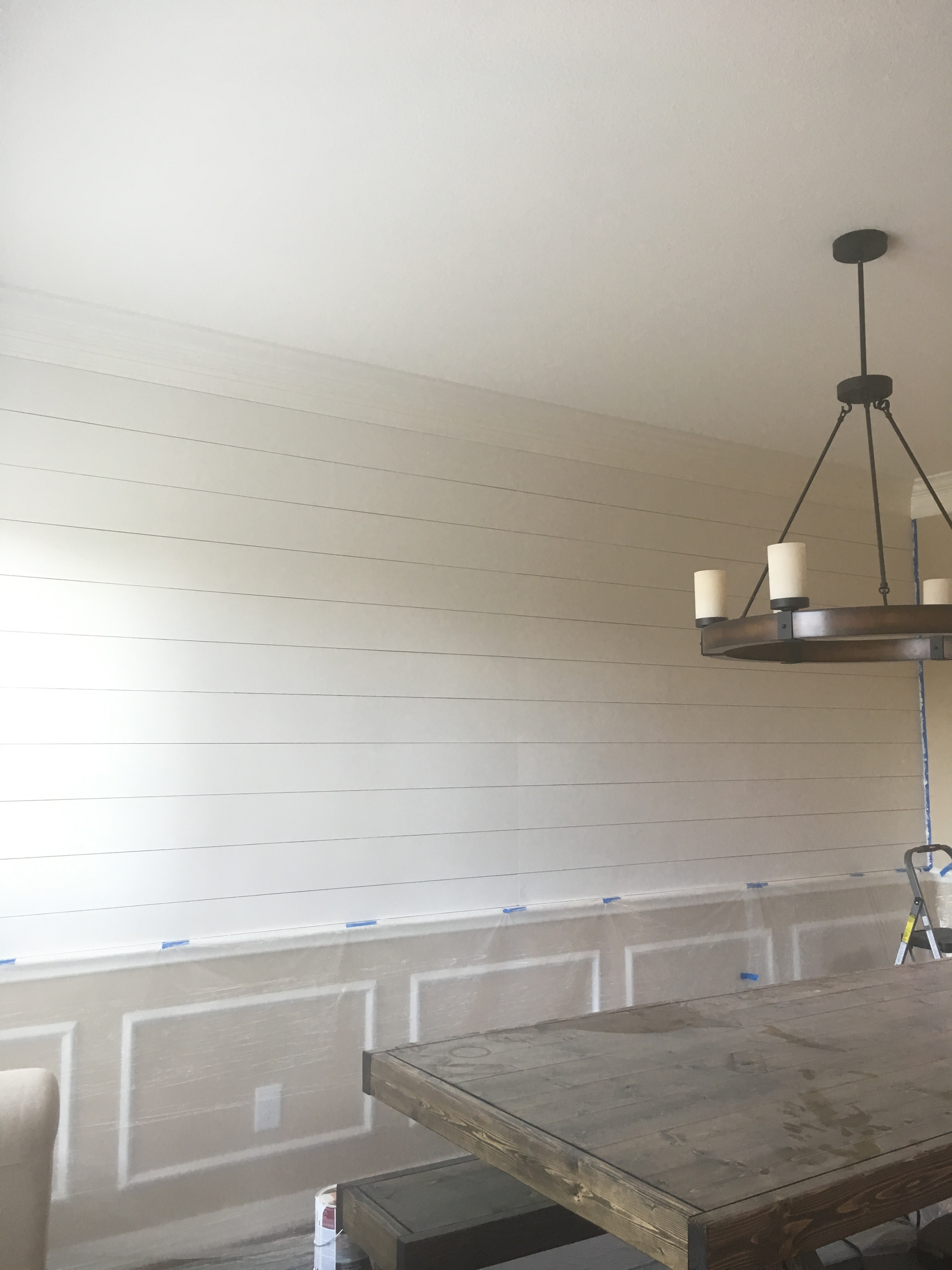 DIY Shiplap Wall - #Shiplap #DIY #Projects #HomeProjects