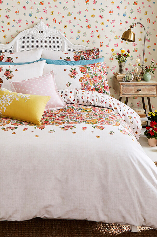 small painted bloom kingsize bedding set