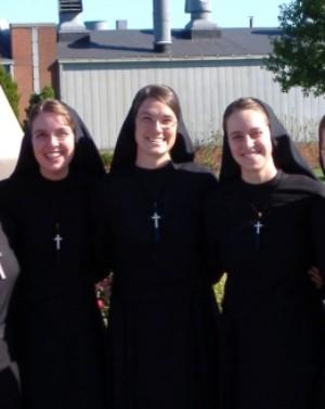 ¿Cuál es el papel real de las mujeres en la iglesia.