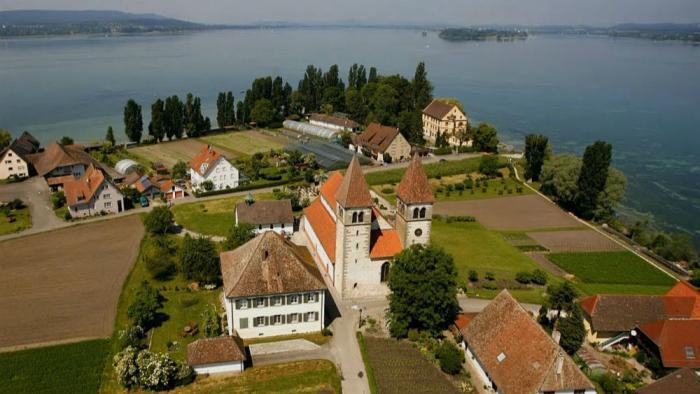 Come see the churches of Reichenau Island.