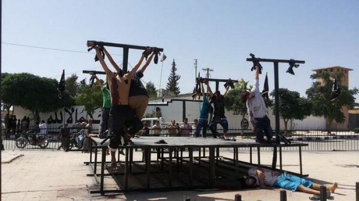 ISIS crucifixion