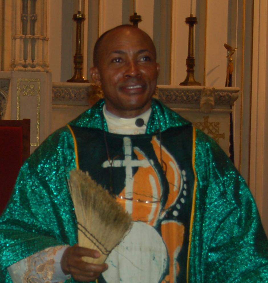 Fr Jude Osunkwo Nigerian Chaplain meets with Cardinal Sean  Catholic Outreach and Cultural