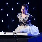 Girl Born With No Arms Wins Talent Show With What She Does With Her Feet