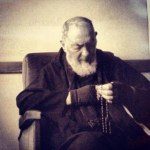 """PRAY, HOPE AND DON'T WORRY"" : Memorable Advice of St.Padre Pio."