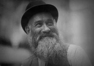 Orthodox-Jew---beard-(LOC)2