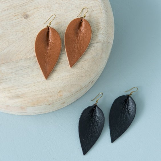 black_and_brown_leather_leaf_shaped_earrings_zia_1024x1024