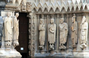 Pope Authorizes Decrees for Saints' Causes
