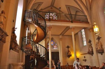 VIDEO: The Loretto Chapel Staircase Miracle