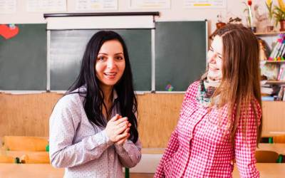 5 Specific Ways Schools can Help a Mother's Group Flourish