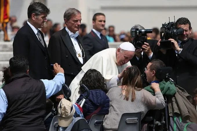 Pope Francis blesses people with disabilities at the Wednesday General Audience in St. Peter's Square on May 27, 2015. Credit Daniel Ibanez/ CNA