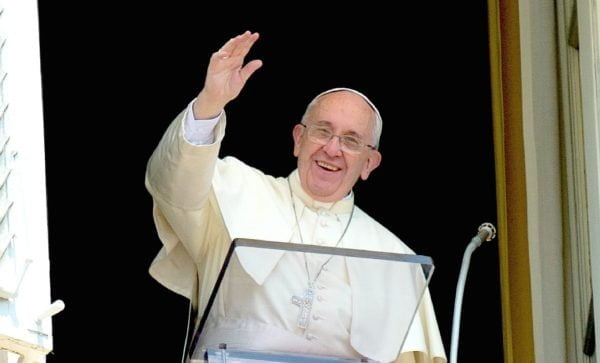 THE PARABLE OF THE LAMP AND THE MEASURE. Commentary and Pope Francis' homily.
