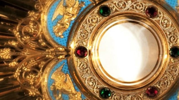 SOLEMNITY OF CORPUS CHRISTI OR THE BODY AND BLOOD OF OUR LORD JESUS CHRIST (C).  LET US BE EUCHARISTIC SOULS!  SOULS IN LOVE WITH JESUS IN THE HOLY EUCHARIST!