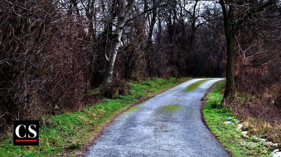 MorgueFIles - road