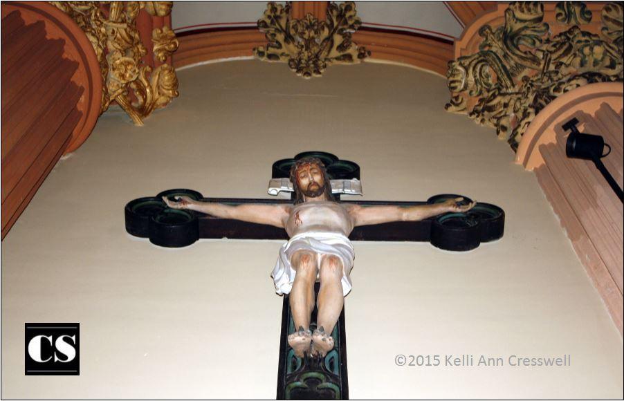 Kelli - crucifix