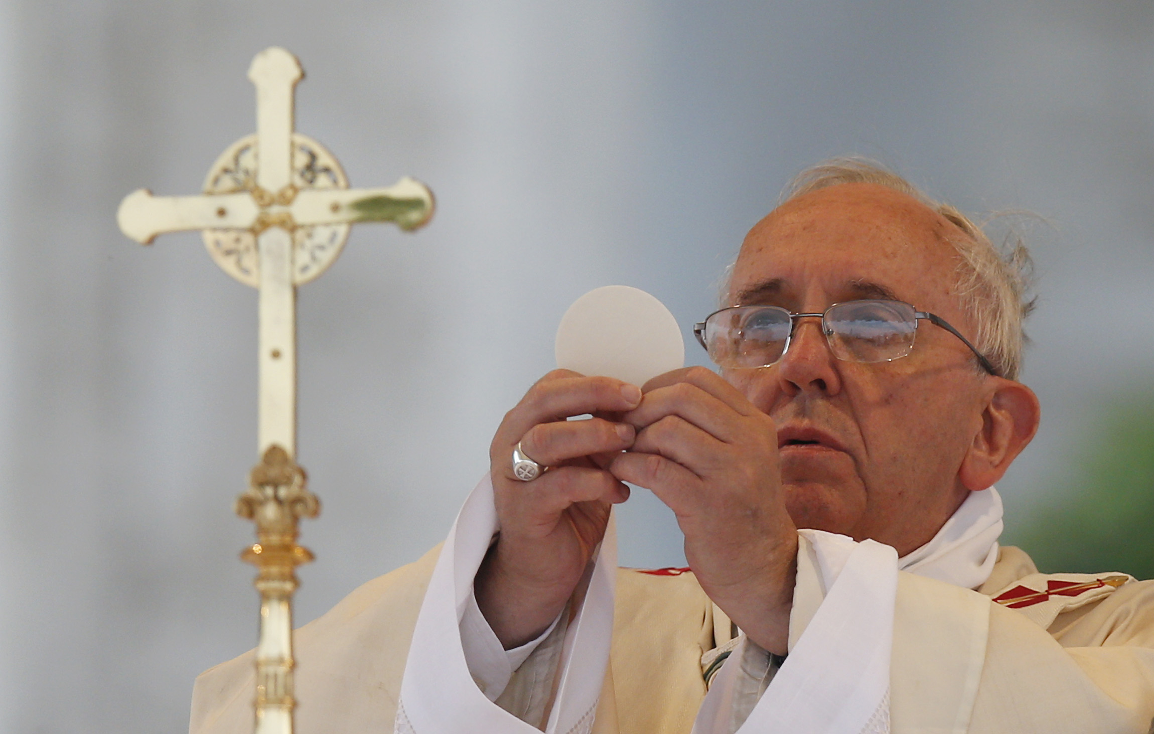 Pope On Corpus Christi Jesus In The Eucharist Gives Life
