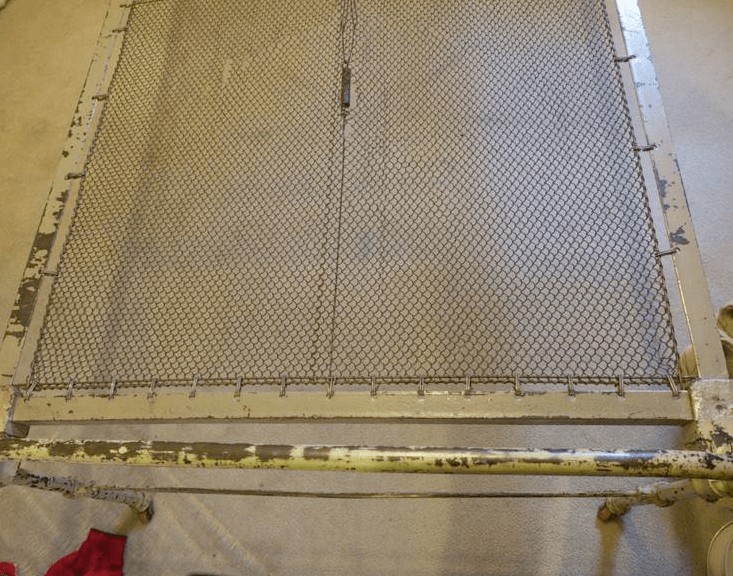 Iron Bed Wire Mesh Unit Cathouse Antique Iron Beds