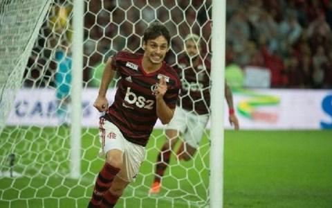 flamengo vence corinthians e vai as quartas de finais da copa do brasil assista ao gol