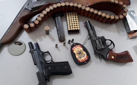 policia civil apreende tres armas de fogo na cidade de pombal